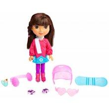 Дора и друзья Nickelodeon Dora and Friends Winter Theme Dora Figure