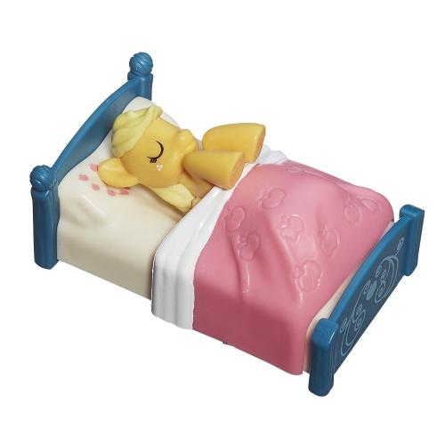 Фото - Фигурка Hasbro ЭплДжек в кровати My Little Pony Friendship is Magic Collection Applejack Figure Pack