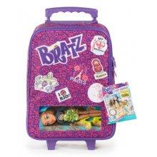 Фото - Кукла Bratz  Ясмин и чемодан Обучение за рубежом, Study Abroad case with Yasmin doll