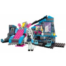 Monster High Frankie Steins Electrifying Room Building Set