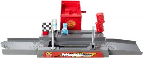Фото - Фигурка Disney Pixar Cars Story Sets Piston Cup Pit Stop Play & Race Launcher