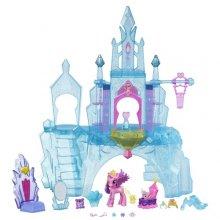 Замок Кристальной Империи и Принцесса Каденс с ее малышкой Фларри Харт My Little Pony Explore Equestria Crystal Empire Castle