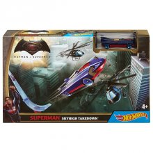 Фото - Автомобильный трек Hot Wheels Супермен Batman v Superman Dawn of Justice Superman Sky High Takedown Trackset